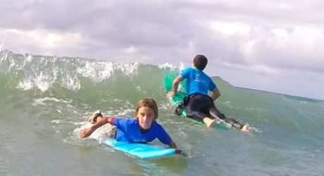 surf-camps-ninos